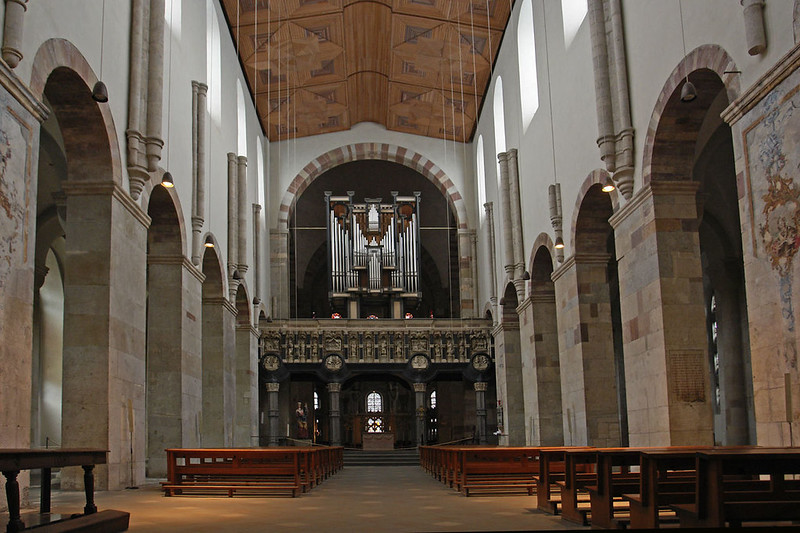 St_maria_im_kapitol_langschiff