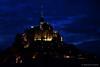 La nuit tombe sur le Mont-Saint-Michel