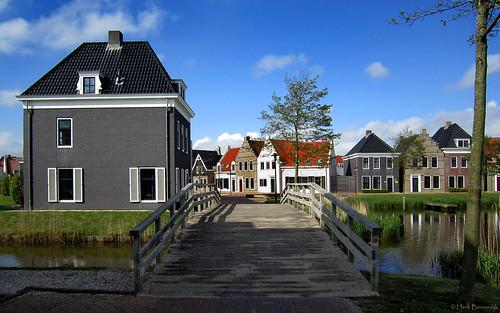 Friesland: Esonstad houses