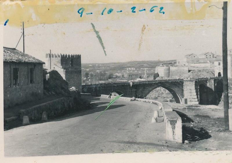 Puente de San Martín en octubre de 1962. Fotografía de Julián C.T.