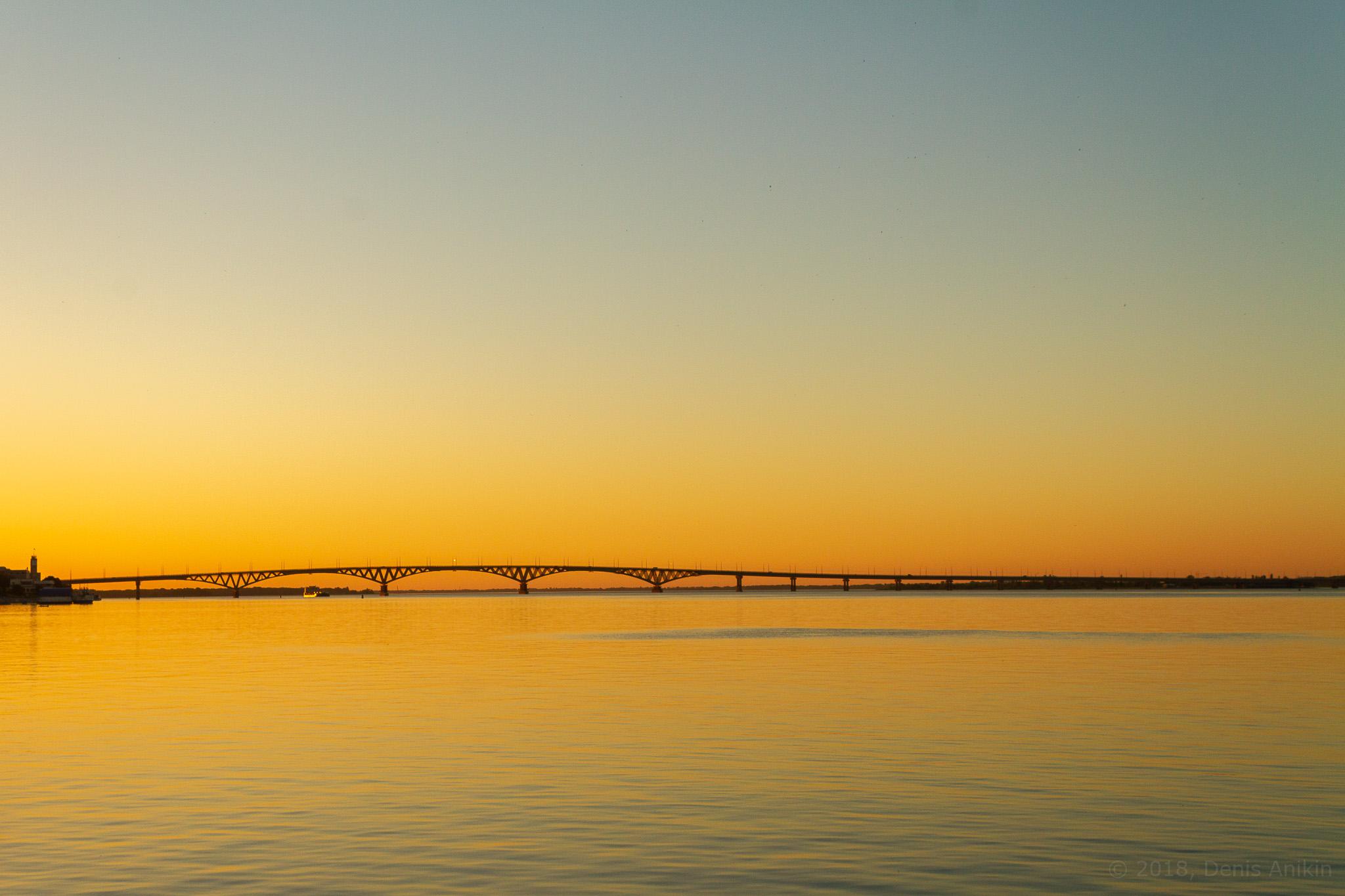 Мост на рассвете