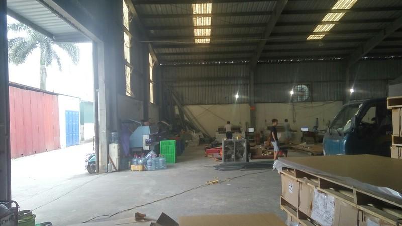 Một góc tại xưởng gia công Mica