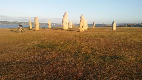 Golden hour. #Coruña #menhires #goldenhour #phonephoto #mar #ocean #stones