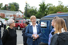 Rep. Zawistowski speaks with shoppers at Suffield Highland Park Market