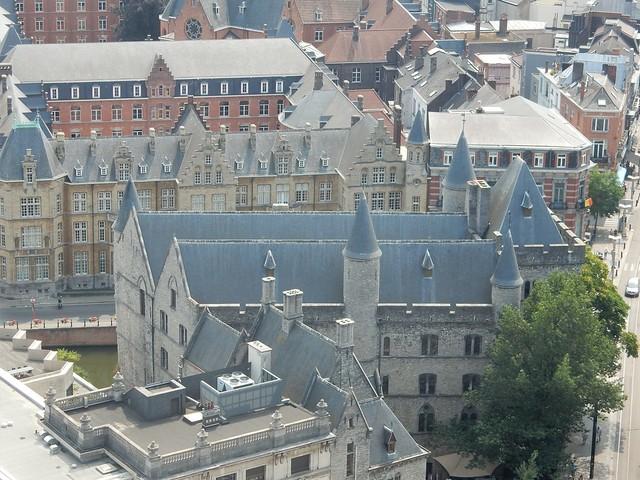 uitzicht op toren Sint-Baafskathedraal: Geeraard de Duivelsteen
