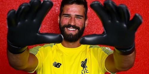 Alisson penandatanganan sempurna untuk Liverpool