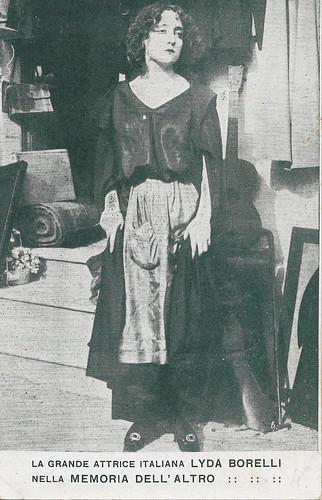 Lyda Borelli in La memoria dell'altro (1913)