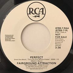 FAIRGROUND ATTRACTION:PERFECT(LABEL SIDE-A)