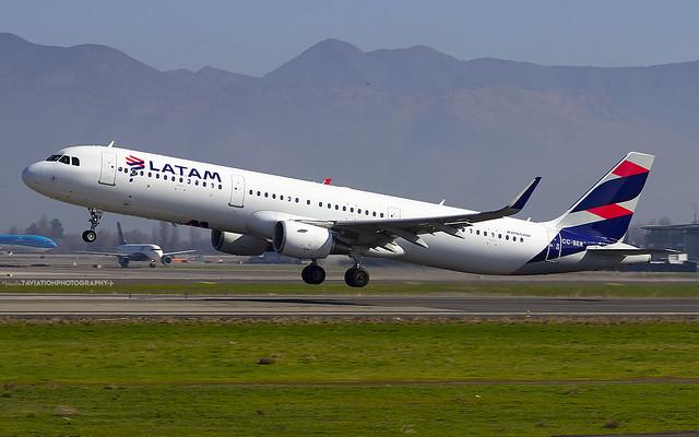 CC-BER   LATAM Airlines