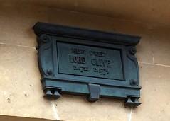 Photo of Robert Clive bronze plaque
