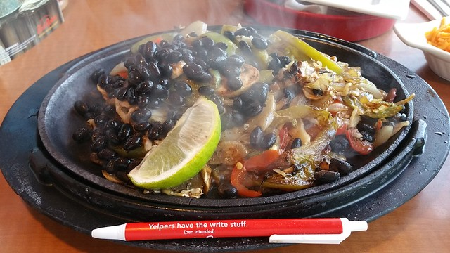 2018-Jul-22 Red Robin - veggie fajita
