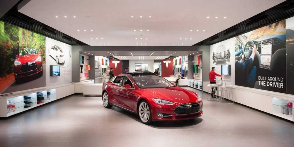 Les vendeurs de Tesla arrivent derniers et Musk est heureux