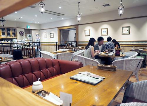ディアモール大阪・マザーリーフ店内