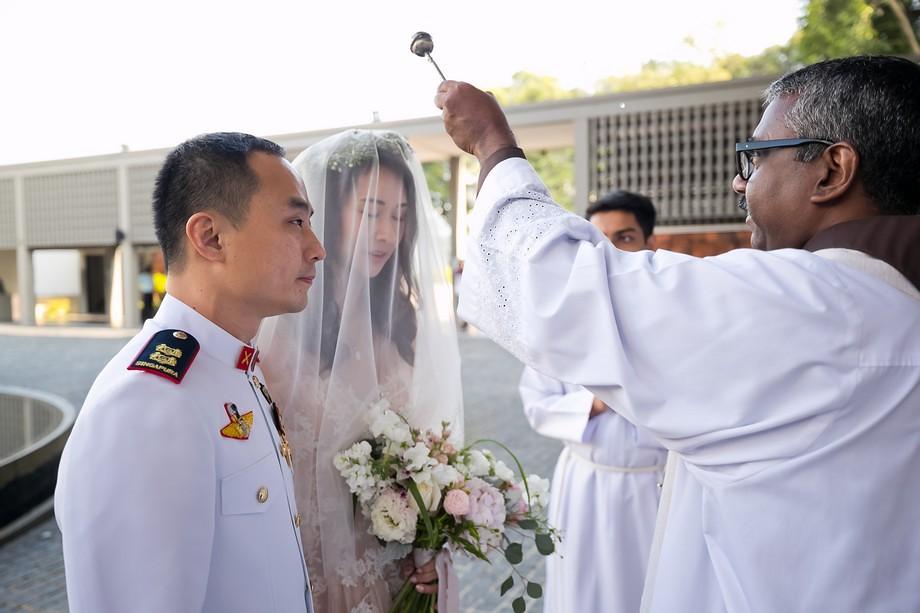 Singapore Wedding Day photography by Raymond Phang Photography.