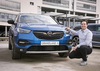 Opel-Konnektivitätsexperte David Voss