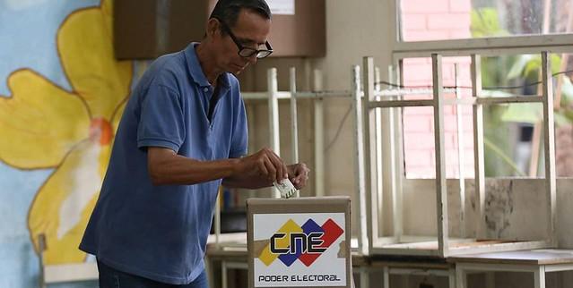 Taxa de abstenção em eleições venezuelanas é semelhantes às de Chile e Colômbia