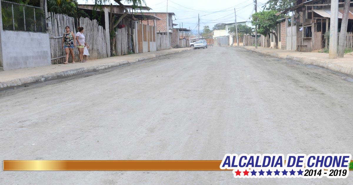 Concluyen trabajos en la calle Gonzalo Rivadeneira