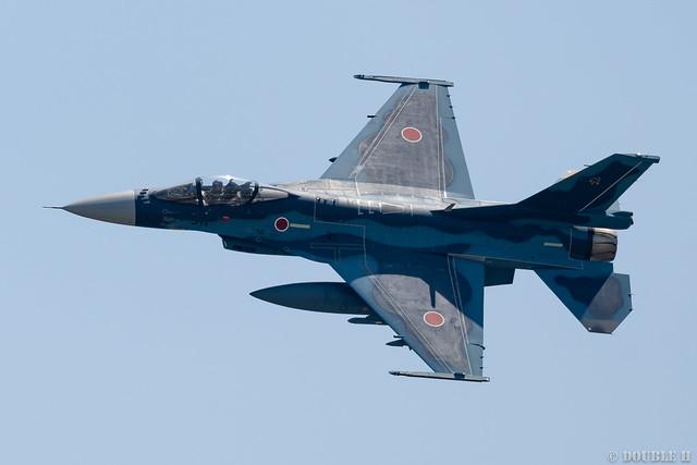 Iwakuni FD 2018 (22) JASDF 8SQ F-2 #511
