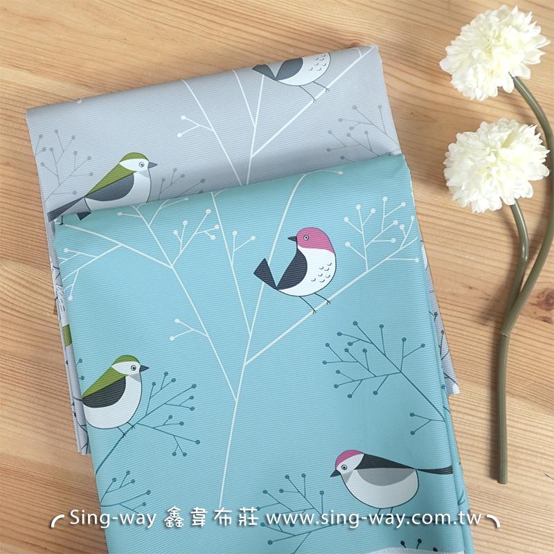 小鳥飛枝上 小鳥圖案 可愛動物 森林動物 家庭風 防沾濕布 茶几布 露營野餐墊 防水桌巾布 H900004