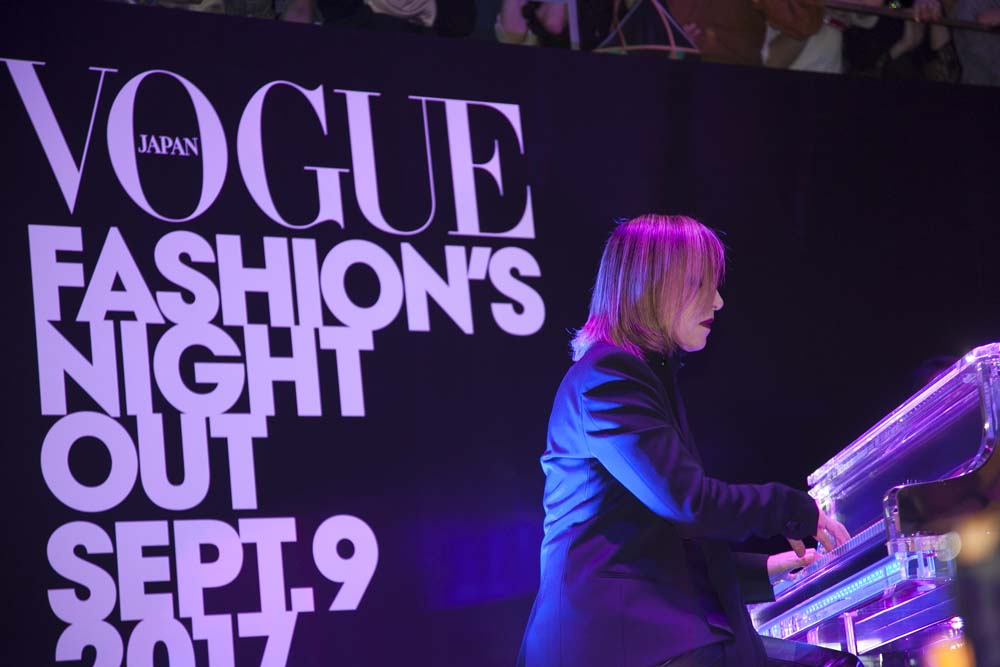 toomilog-VOGUE_FASHIONS_NIGHT_OUT_2018_info_003