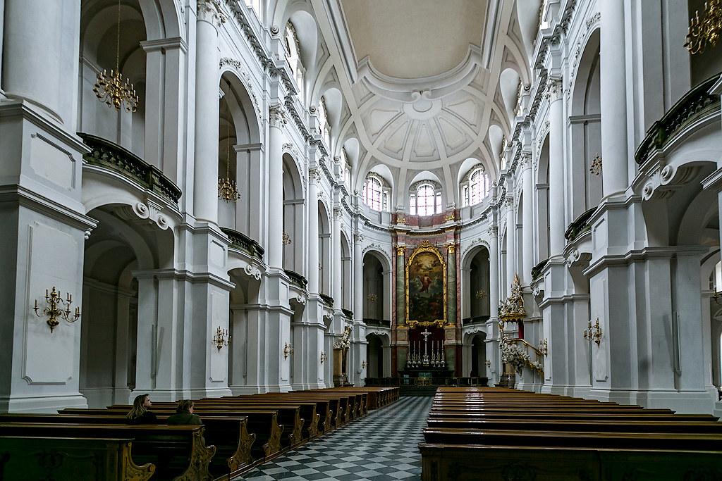 Дрезденский кафедральный собор и усыпальница