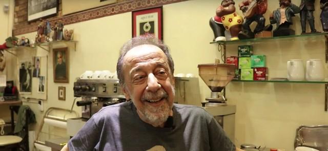 Segismundo Bruno é proprietário do Café Sabelucha há mais de 20 anos - Créditos: Reprodução/ Youtube