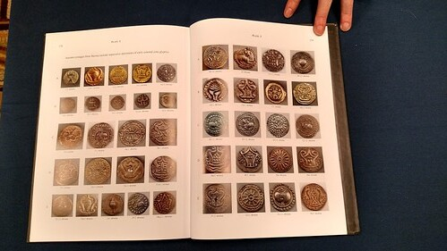 Early Coin of Myanmar book inside2