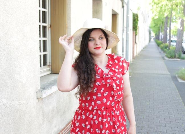 comment-porter-petite-robe-rouge-blog-mode-la-rochelle-1