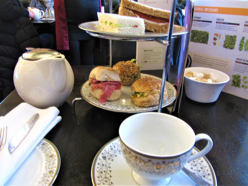 glasgow-ecosse-cup-tea-of-loundge-thecityandbeauty.wordpress.com-blog-voyage-IMG_0287 (2)