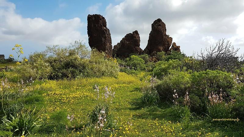 3a Bloques eráticos de lava