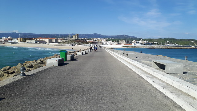 causeway to Tarifa Island