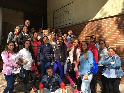 Alumnado de los proyectos Per Siras y La Esperanza visitando Proyecto Hombre Sevilla