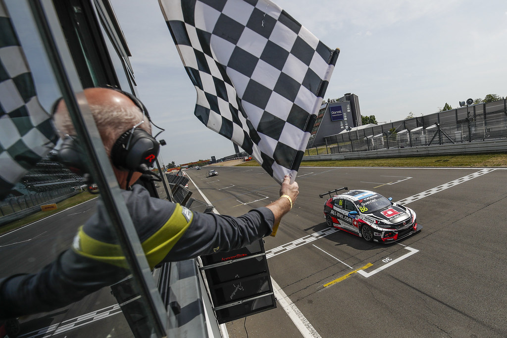 86 GUERRIERI Esteban (ARG), ALL-INKL.COM Munnich Motorsport, Honda Civic TCR, action finish line during the 2018 FIA WTCR World Touring Car cup of Nurburgring, Nordschleife, Germany from May 10 to 12 - Photo Florent Gooden / DPPI