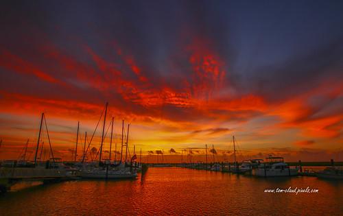 sunsunrise sunrise sky weather blue orange clouds cloudy marina boats sailboat seascape landscape nature mothernature outdoors fortpierce florida usa