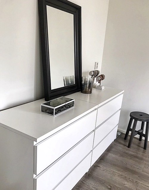 Wit dressoir slaapkamer