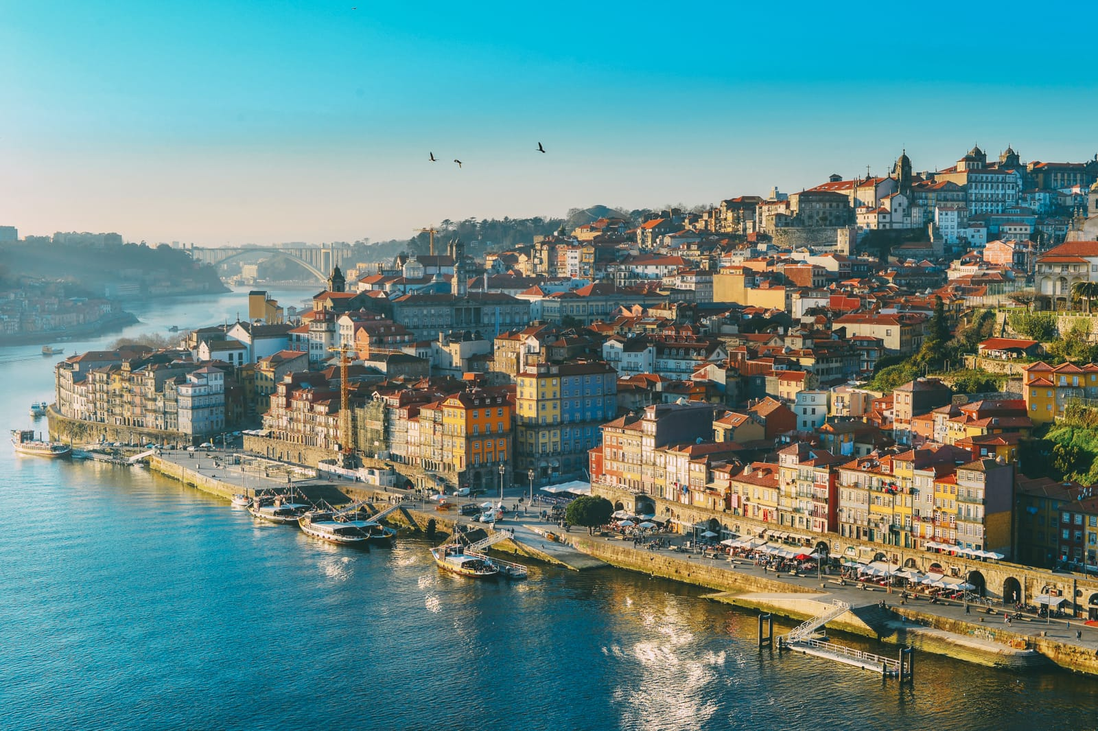 Porto travel guide for first-time visitors - Best Places to Visit in Europe - planningforeurope.com (1)
