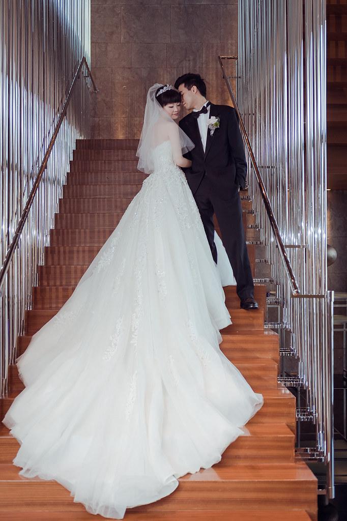 台中婚紗拍攝,台中婚攝,找婚攝,婚攝ED,婚攝推薦,意識影像,婚紗攝影,台中市婚禮拍攝,蔡艾迪,中部婚禮攝影,婚紗,edstudio,W飯店,whotel