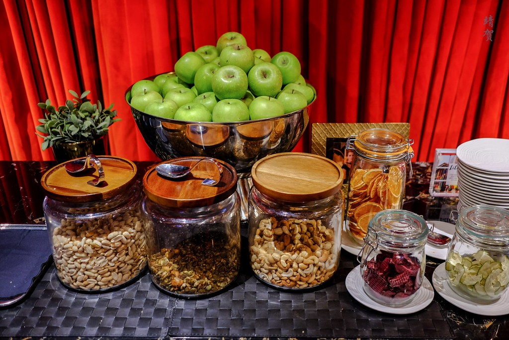 Snacks in jars