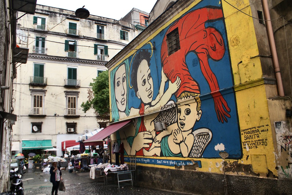 Street art : Madonna de la Sanità à Naples.
