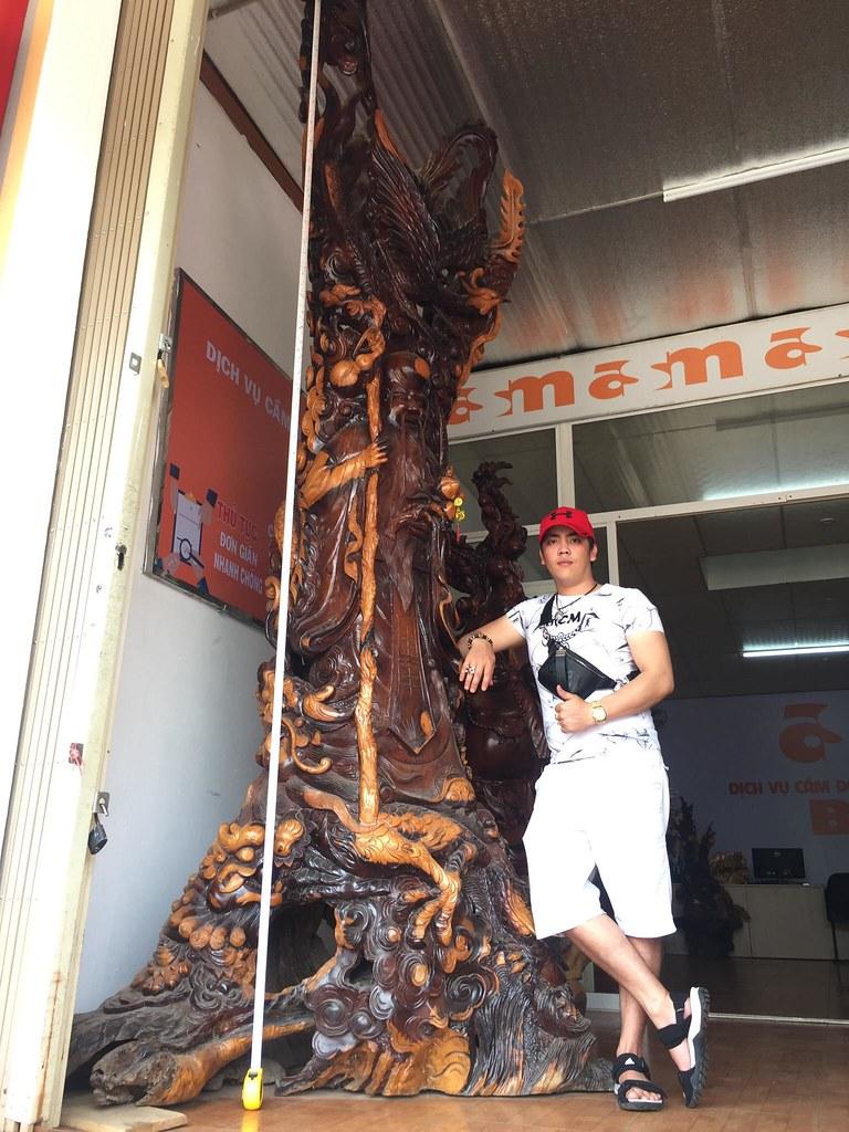 Ông thọ gỗ hương -Cao 3m65 x Ngang 1m6