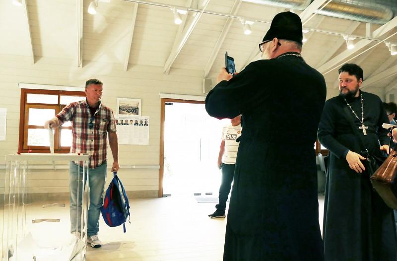 Голосование на выборах Президента РФ на участке в Иерусалиме (Израиль) ©Личный сайт И.Р. Ашурбейли