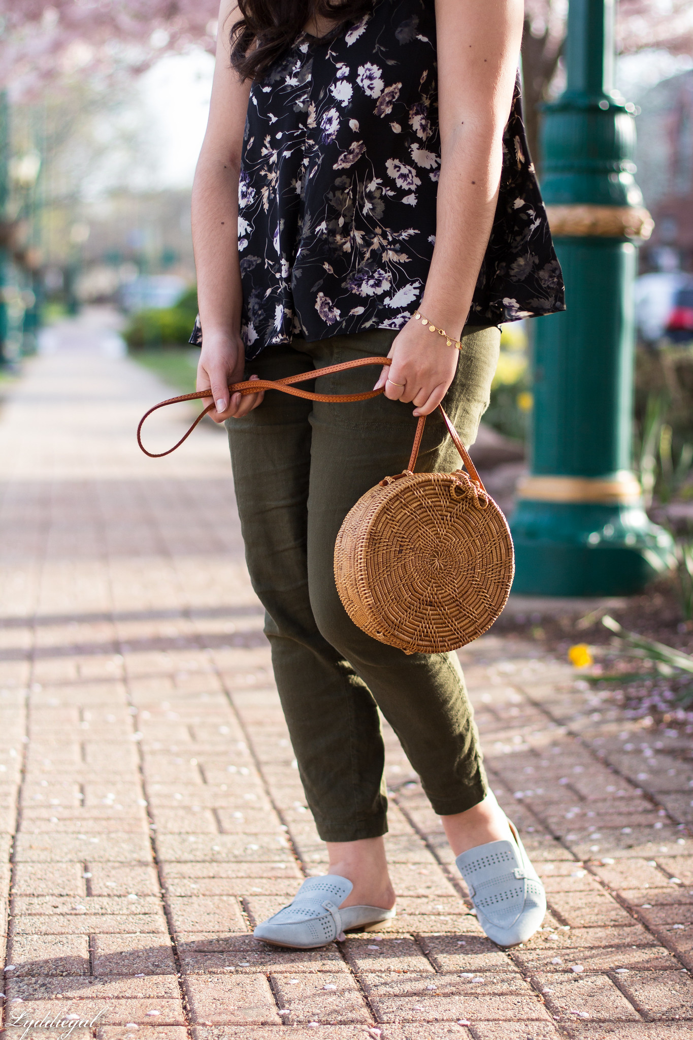 Floral tank, green linen joggers, blue loafers, round straw bag-10.jpg