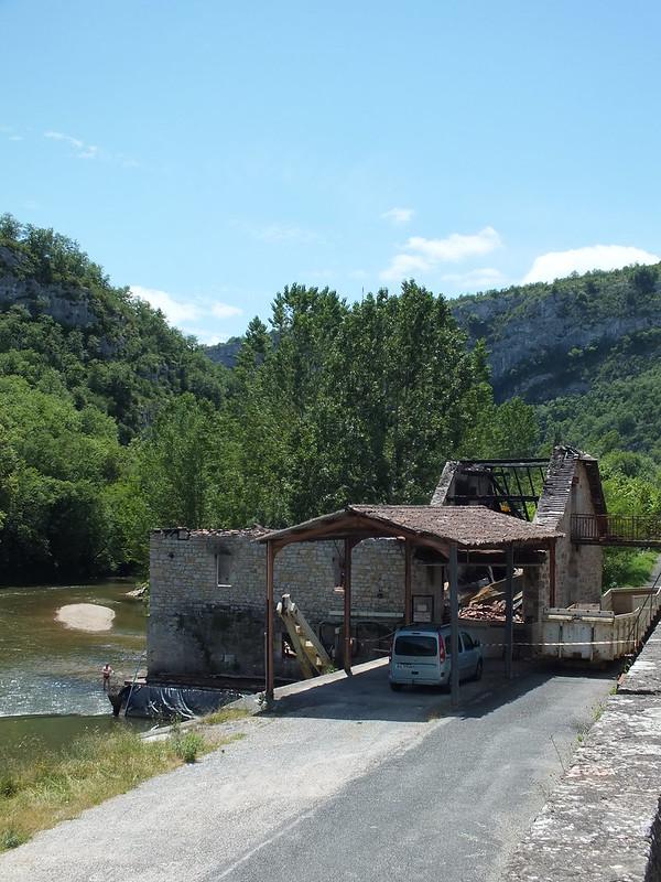 Cabrerets - Moulin à eau du château