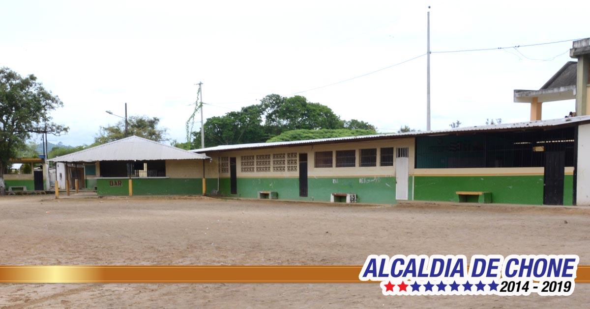 Gobierno local apoya adecentamiento de unidades educativas