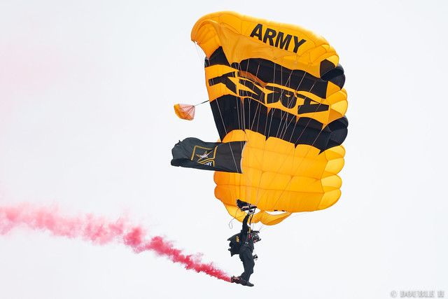 Iwakuni FD 2018 (57) U.S. Army Golden Knights