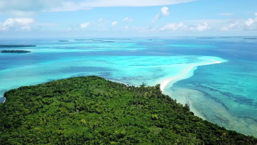 Ngurtafur Beach, Kei Kecil, Maluku