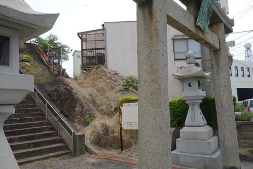 福良八幡宮