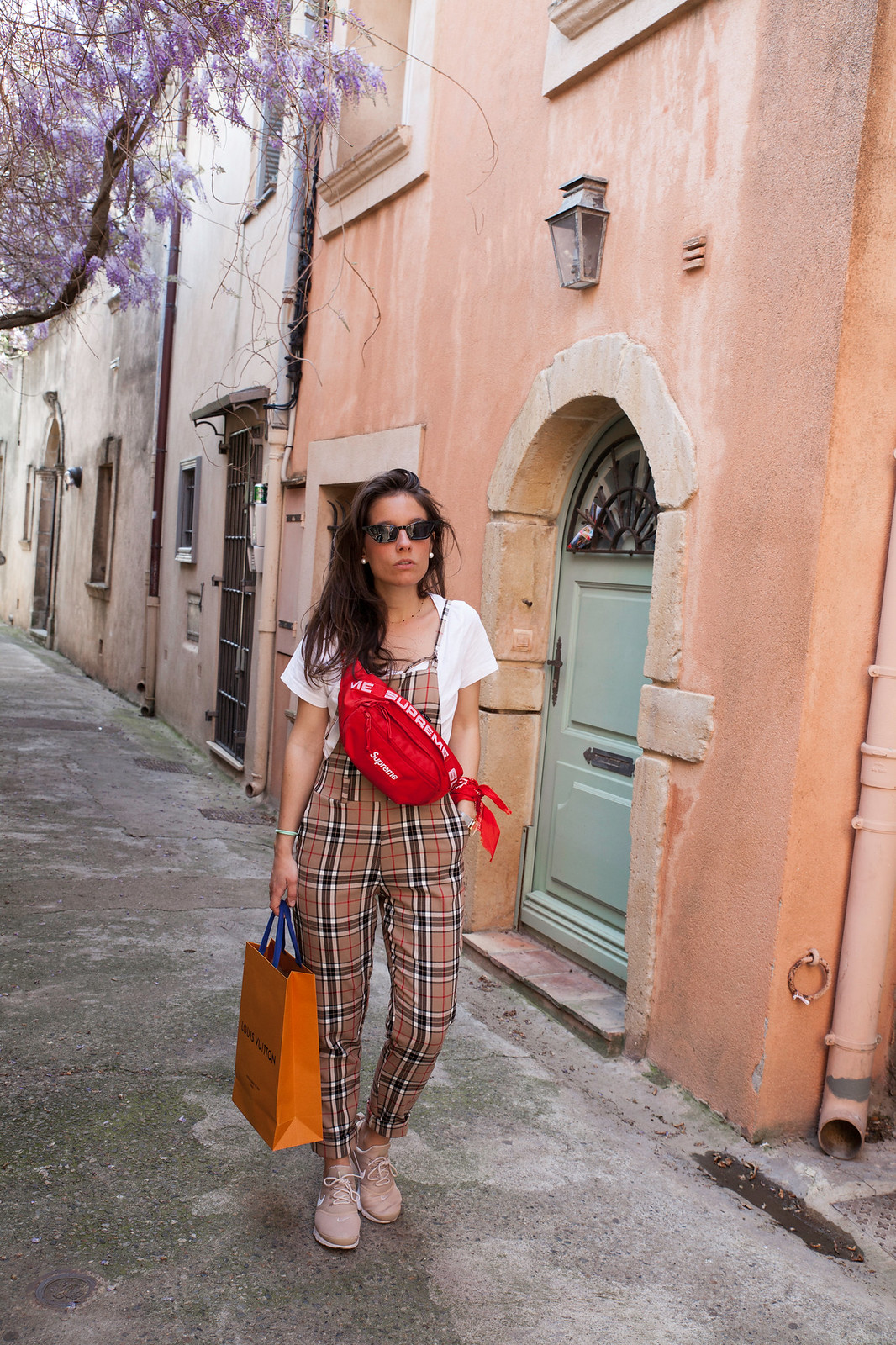 04_BURBERRY_OVERALL_TRICIRCULO_INFLUENCER_THEGUESTGIRL_LAURA_SANTOLARIA