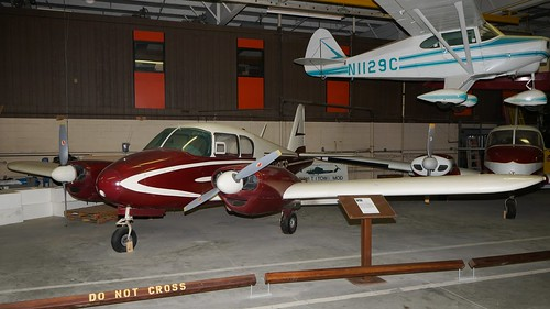 midamerica museum airplane aviation aircraft aeroplane liberal kansas usa piper pa23 apache n1015p air johnny comstedt
