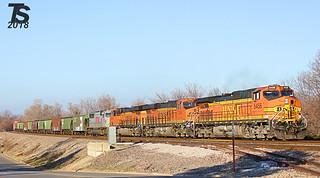BNSF 5456 Leads SB Manifest Olathe, KS 12-17-12